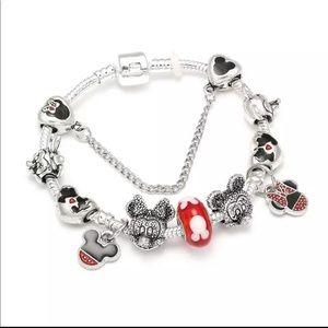 Jewelry - 18cm Brand New Mickey and Minnie Charm Bracelet